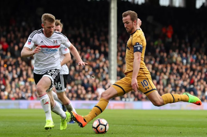 Prediksi Pertandingan Bola Fulham vs Tottenham hotspur Malam Ini