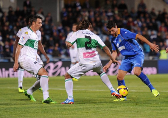 Prediksi Pertandingan Bola Granada vs Elche Malam Ini